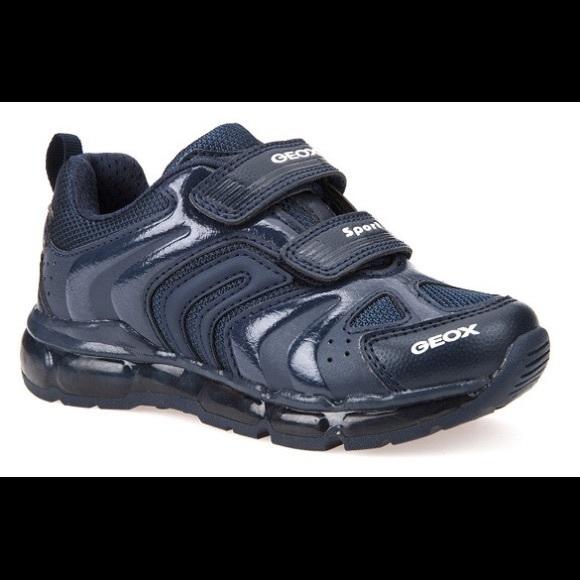 NIB geox j android lighting shoes boys 8.5 NWT